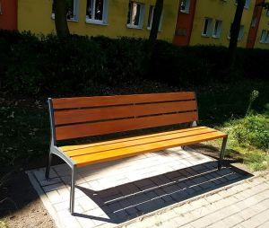 Kolejne ławki na poznańskich ulicach