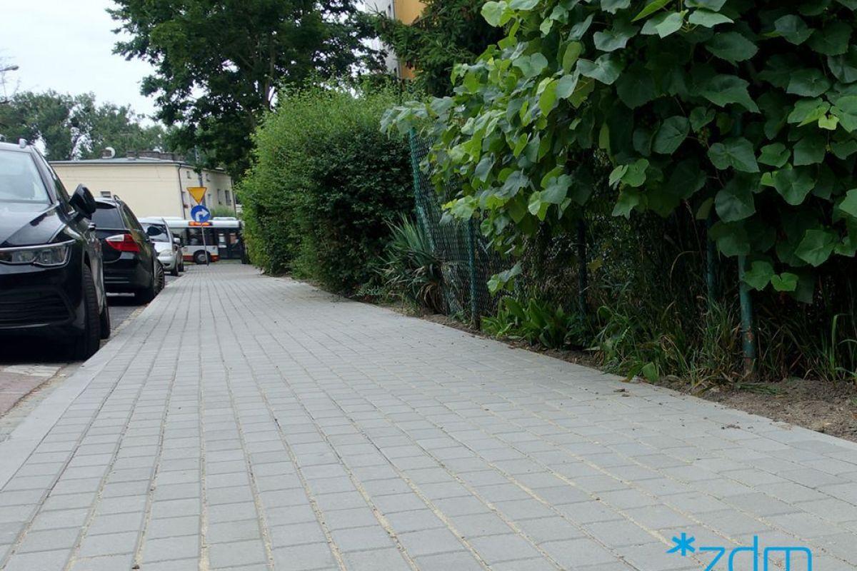 Wyremontowany chodnik na ul. Tomickiego