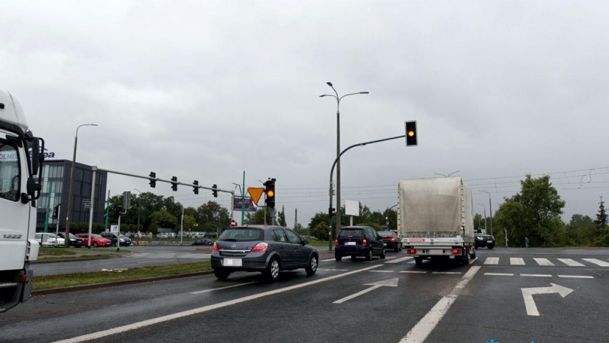 Sprawniejszy przejazd przez skrzyżowanie ul. Hetmańskiej i ul. Kolejowej