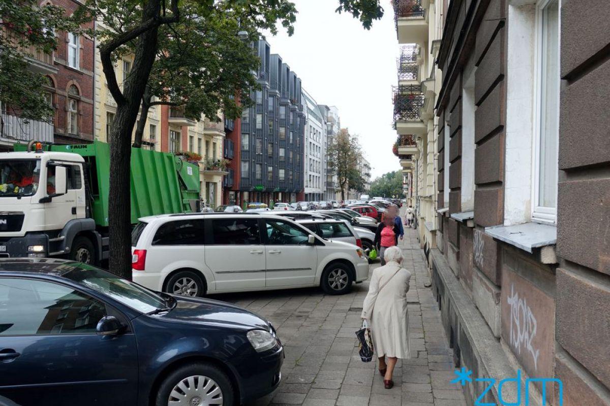 Strefa Płatnego Parkowania na Wildzie i Łazarzu – ruszają prace
