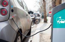 Ładowanie pojazdu elektrycznego