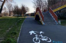 Trwa malowanie oznakowania poziomego na drogach rowerowych oraz ciągach pieszo rowerowych