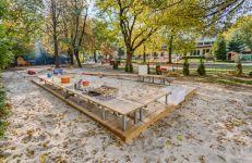 Przy poznańskich przedszkolach powstają naturalne place zabaw/ fot. Piotr Bedliński