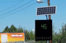 Elektroniczna tablica informująca o przepisowej prędkości