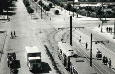 Ulica Królowej Jadwigi, 1968 r. Fotografia z zasobów Miejskiego Konserwatora Zabytków w Poznaniu.