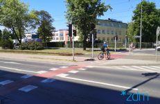 ul. Przybyszewskiego - przejazd rowerowy na skrzyżowaniu z ul. Szamarzewskiego