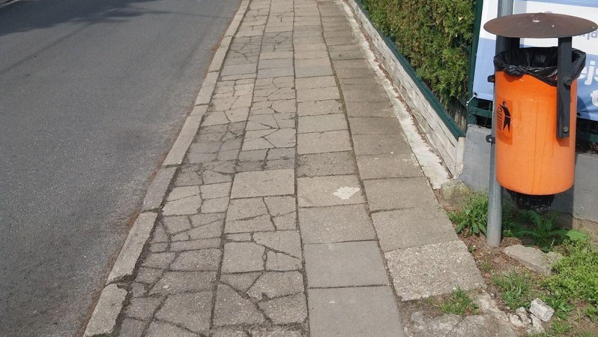 Będzie nowy chodnik na ul. Hangarowej