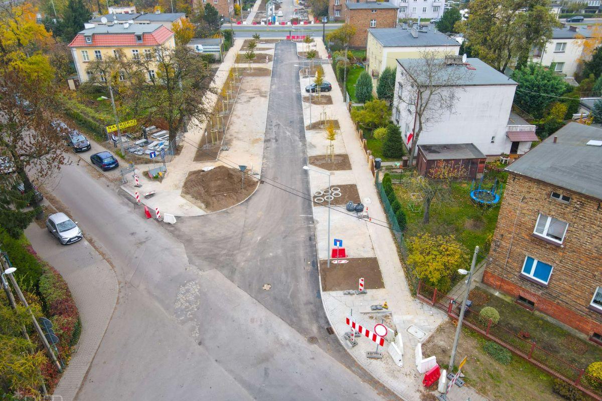 Kończą się zasadnicze prace przy przebudowie ul. Kordeckiego
