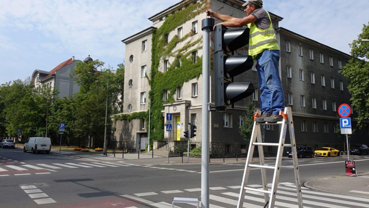 Kolejne przejścia dla pieszych z sygnalizacją akustyczną