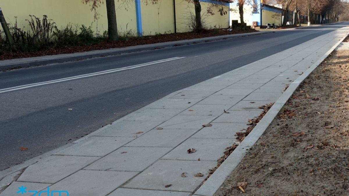 Remont chodnika na ulicy Dworskiej zakończony