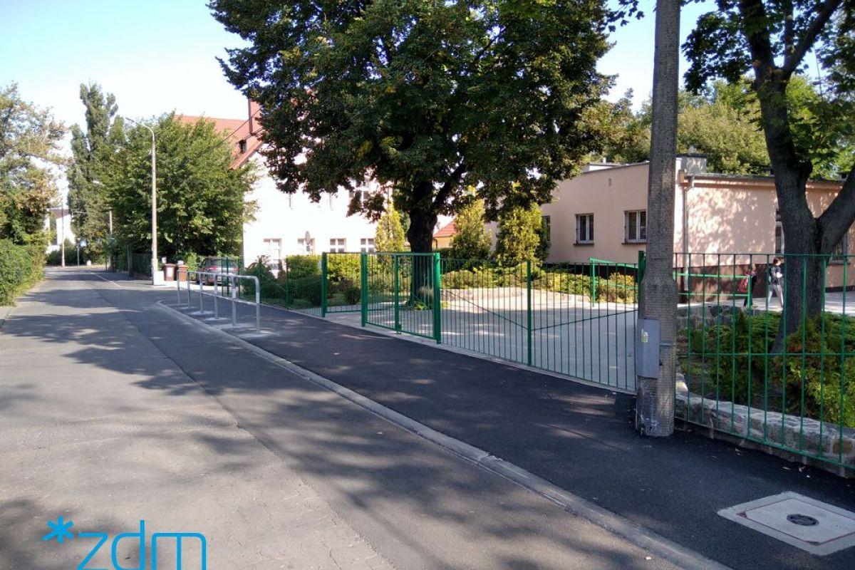 Wyremontowana droga do szkoły