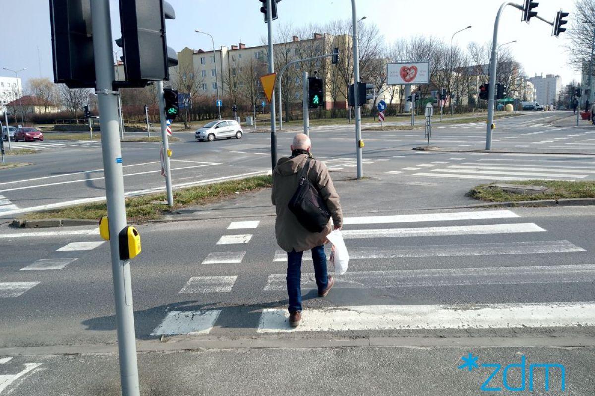 Sygnalizcja akustyczna na skrzyżowaniu ulic Piłsudskiego i Inflanckiej