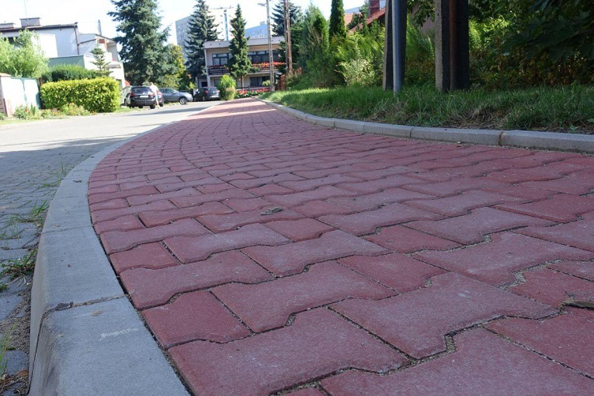 Wyremontowaliśmy chodnik na ulicy Słomianej